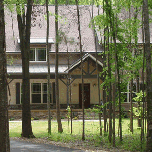 secluded-craftsman-style-home